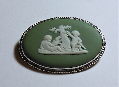 Sterling Silver & Green Jasper Wedgwood Brooch Circa 1970 in Original Box