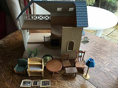Sylvanian Families Bluebell Cottage With Furniture And Accessories