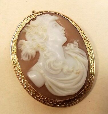 Antique 10K Gold Carved Shell Cameo Brooch Pendant Detailed Relief Hellenic Vtg