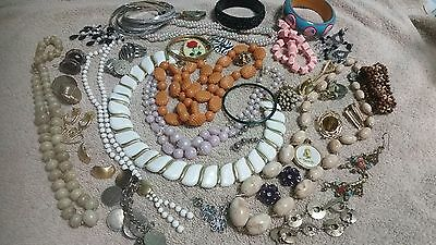 Vtg. To Now All Wearable Jewelry Lot D3