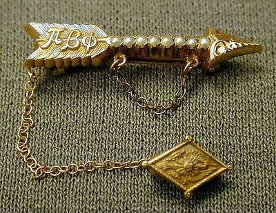 1946 Gold Pi Beta Phi Sorority Arrow Pin w/ Seed Pearls - ship to N.America only