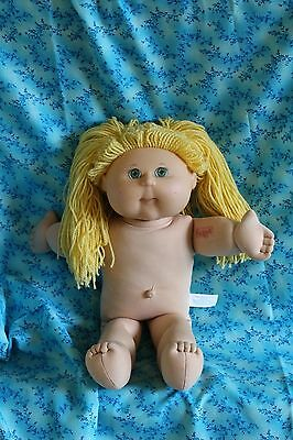 Cabbage Patch Doll Yarn Blonde 2004 Dimples
