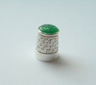 Solid Silver Hallmarked Thimble Green Hardstone Top