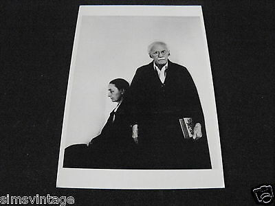 Unusual Weird B Postcard Georgia O'Keeffe & Alfred Stieglitz New York City 1942
