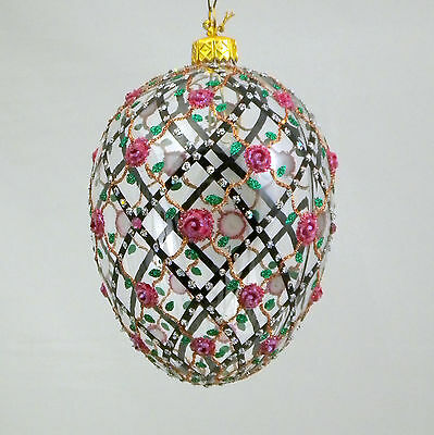 ROSES ON THE TRELLIS Transparent Egg glass ornament Hand-made in Poland