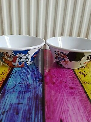2 x Kelloggs Coco Pops and Frostys Cereal Bowls Plastic Tip and Sip Football
