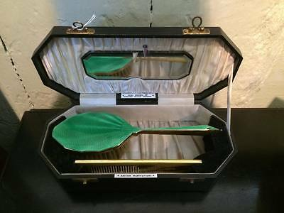 BEAUTIFUL 1920s VINTAGE ANTIQUE ART DECO GREEN ENAMEL BRUSH AND COMB SET IN CASE