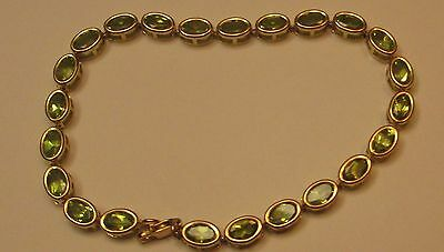 New 10K Gold Beautiful Peridot Bracelet