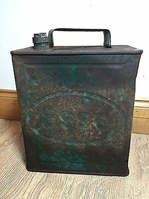 Old ESSO Large Petrol Can Pratts Lid Motor Oil Spirit Green Metal 2 Gallon RARE