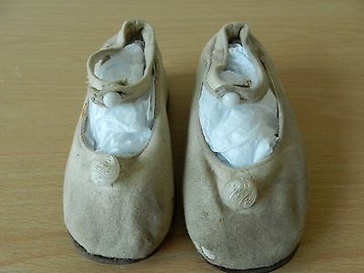 Childs Antique Victorian shoes
