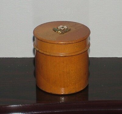 VINTAGE LADIES WALNUT POWDER BOX WITH PUFF 1930's. TREEN STYLE