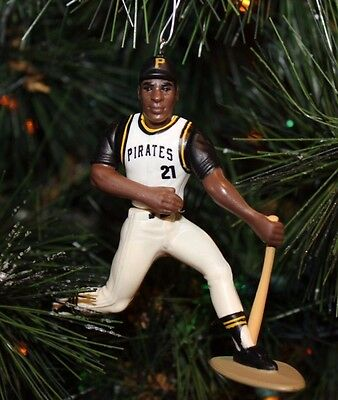 PITTSBURGH PIRATES ROBERTO CLEMENTE Christmas Ornament