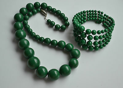 Art Deco Set Graduated Necklace Green Painted Wood & 4 Rows Twisted Bracelet