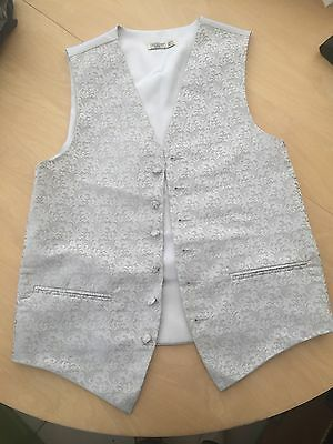 Mens Silver Swirl Wedding Waistcoat BHS 38R BNWOT will go with any suit