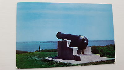 Historic Cannon of Crimean War overlooking Lake Ontario Canada Postcard C55