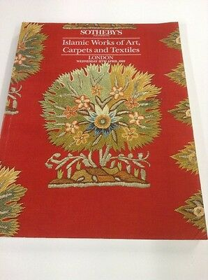 ISLAMIC WORKS OF ART , CARPETS AND TEXTILES Sotheby's 1989 Catalogue