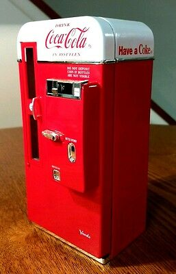 "Coca-Cola Diecast Musical Mechanical Vending Machine Bank ""it's The Real Thing"""