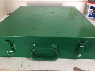 Used GREENLEE  7310SB HYDRAULIC KNOCKOUT PUNCH SET