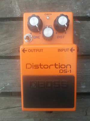 Boss DS-1  Effect Pedal Distortion modded