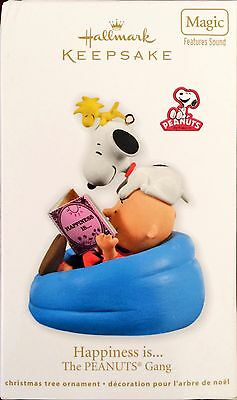 NIB Snoopy Charlie Brown Hallmark Ornament Happiness Is 2011 Magic Sound