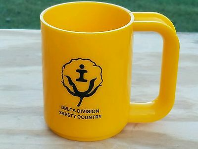 Vtg Illinois Central Delta Division Safety Country Caution Sterilite Cup Mug