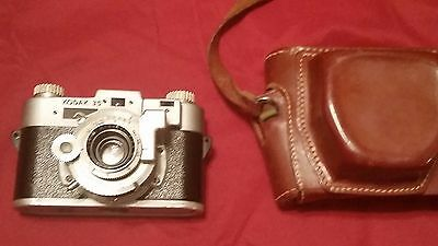 Vintage Kodak 35 Anastor 35mm Camera w/case