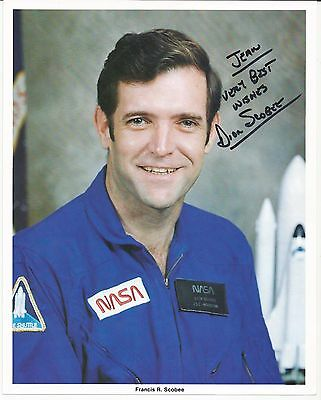 Astronaut Francis R Scobee signed photo   Dick Scobee - REDUCED