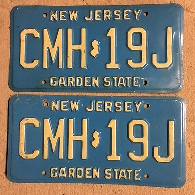 Vintage expired pair vintage NEW JERSEY License Plate Plates - CMH-19J