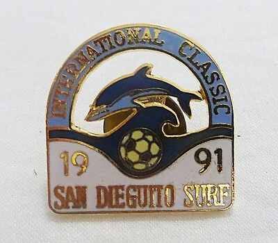 Vintage international classic soccer san dieguito surf 1991 pin dolphin