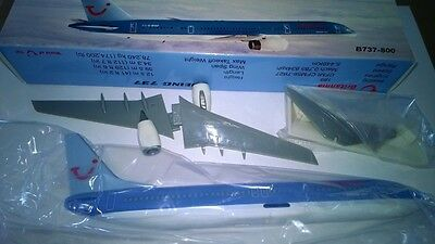 NEW Model Aircraft Airlines Britannia Airways Boeing 737-800 Plastic desk model