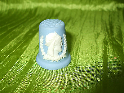 Fingerhut Thimble Wedgwood Kings And Queens **henry Iv** Top