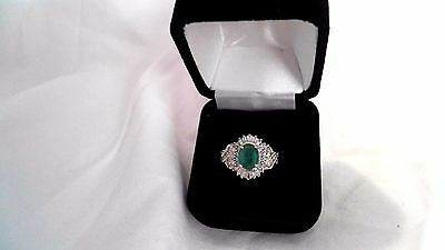 Vintage 10K Yellow Gold Natural Emerald And Diamond Cocktail Ring Size 7
