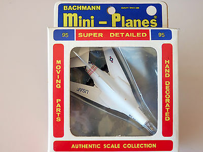 Bachmann North American Rockwell B-1 Airplane Mint In the Box # 95  1/400 Scale