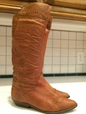Women's Fashion Leather Brown Boots Size 6 B Made in Chile (Lot B)