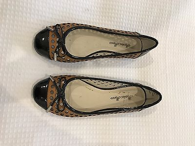 Size 36 Black And Tan Leather Ballet Flats