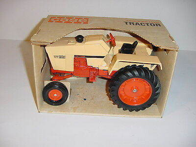 1/16 Vintage Case 1270 Agri King Tractor by ERTL (1972) W/Box! Hard To Find!