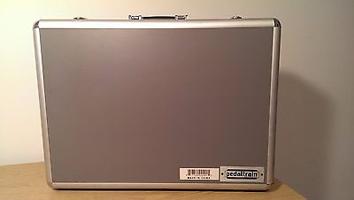 Pedaltrain 1 Guitar Effect Pedal Board With Hardshell Case and More / LOOK