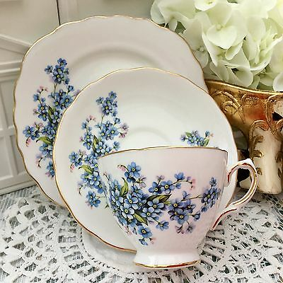 ROYAL VALE 1960s BONE CHINA TRIO SET CUP SAUCER PLATE - 7911 FORGET ME NOTS BLUE
