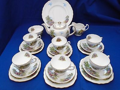 Vintage Royal Vale  Cottage Garden 21 Piece Tea Set  Matching  Sadler Tea Pot