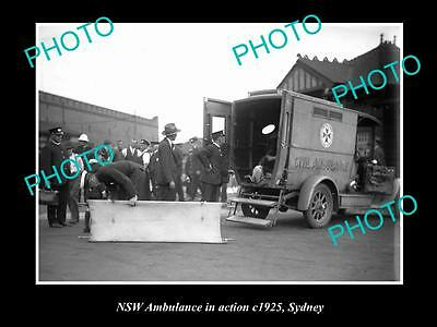 Old Large Historic Photo Of The Nsw Ambulance Service Car In Action, Sydney 1925