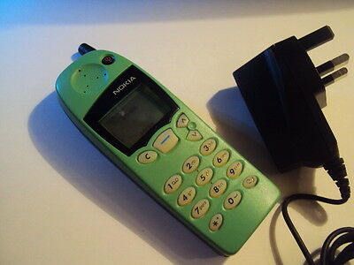 GREEN RETRO COLLECTIBLE Vintage NOKIA 5146 UNLOCKED MOBILE PHONE WORKS+ CHARGER