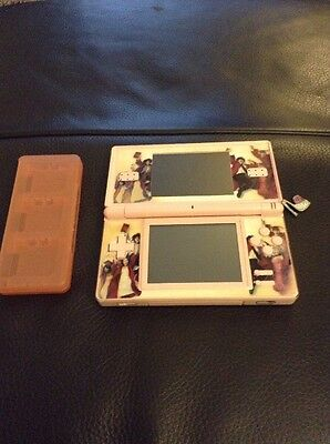 Original Nintendo DS pink charger carry case 9 games