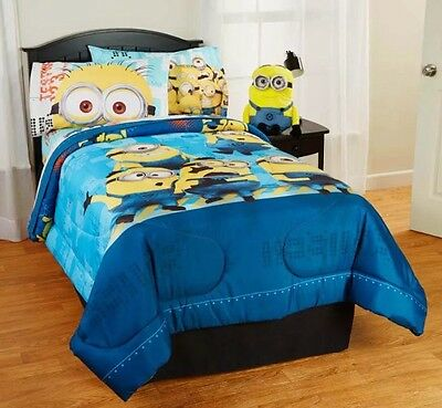 Despicable Me 'Minions' Bedding Comforter And Sham Twin
