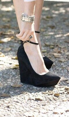 Auth Pre-owned Theyskens Theory Rare Wedge Heels 38 7.5 8 Black Suede