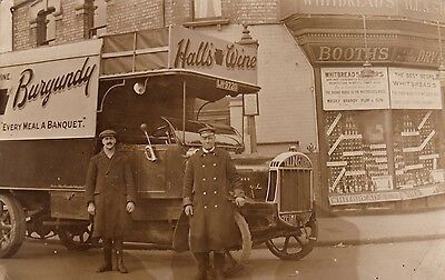 RP Tilling Stevens Petrol Electric Lorry, Round House Off Licence, London where?