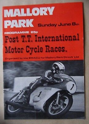 Post T.T. International Motor Cycle Races @ Mallory Park June 8th 1975