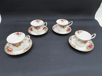 Set Of 4 Royal Albert Old Country Roses Pattern Cups & Saucers