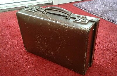 VINTAGE 1950s SMALL BROWN SUITCASE
