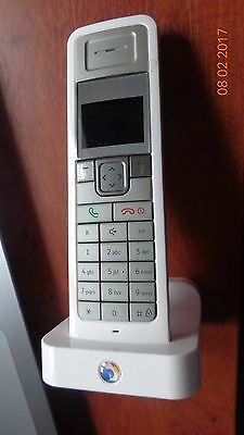 New unused home BT hub phone 1020 white & base intact,  broadband internet calls