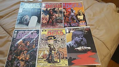THE WALKING DEAD comic book lot of 6 Carded In Mint Condition